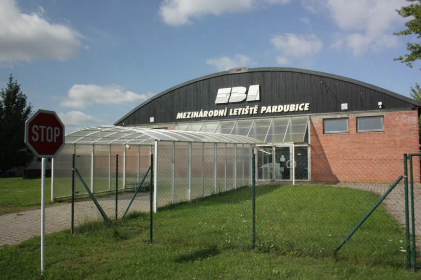 Airport, Pardubice