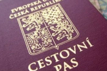 How to become a Czech citizen?