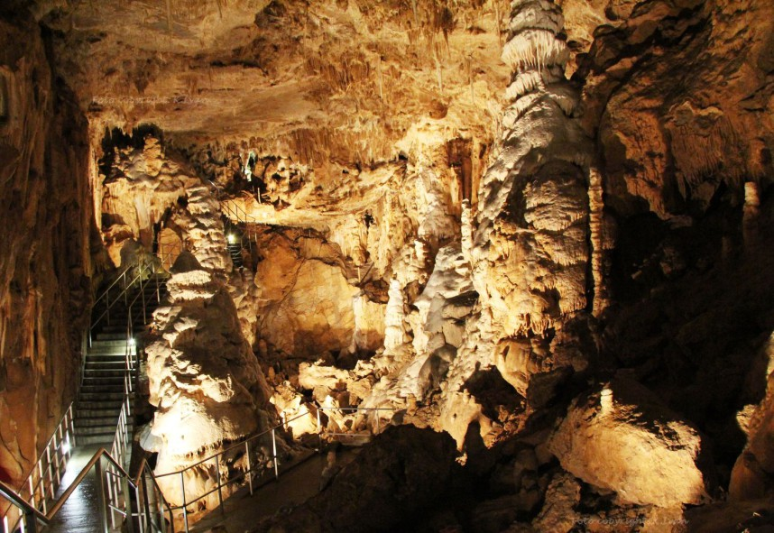 Javoricko Cave