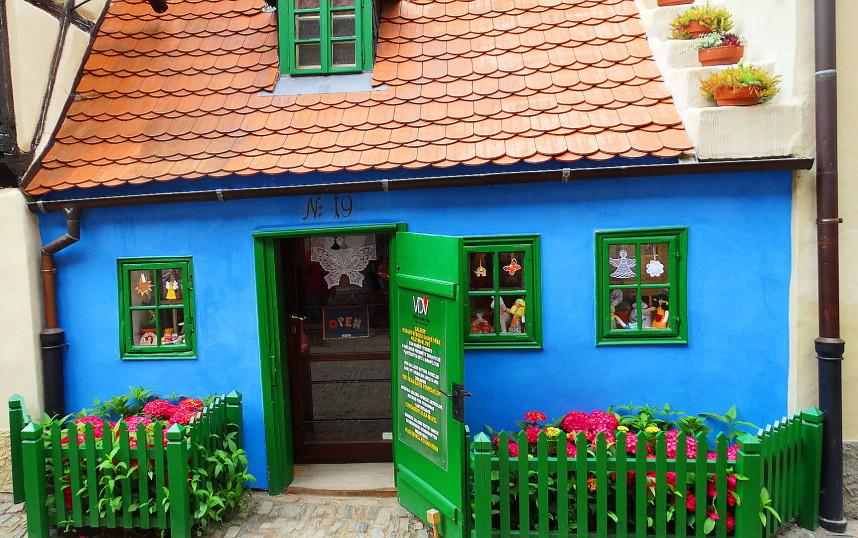 Shop, Golden Lane