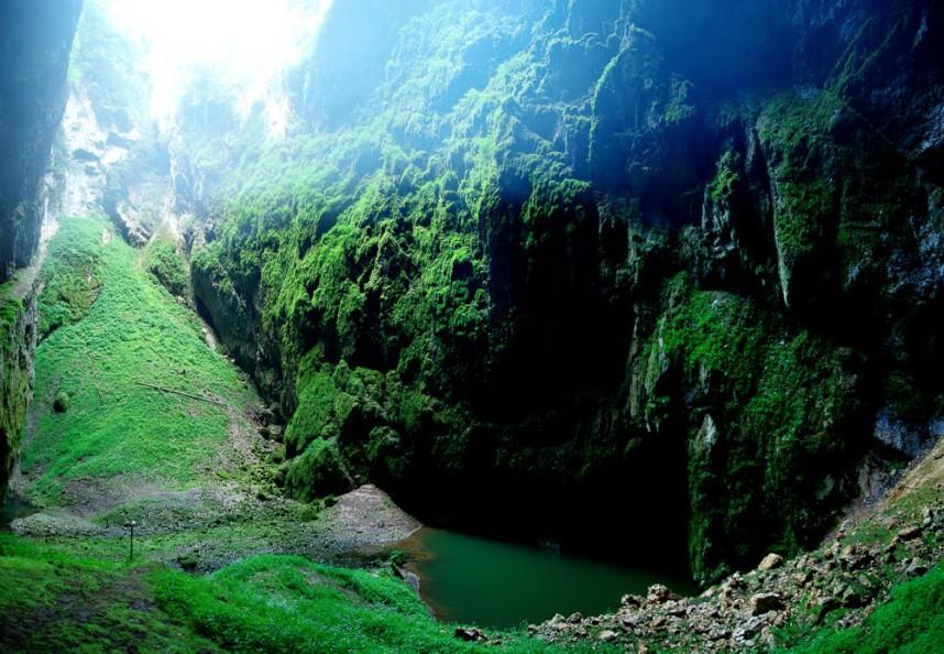 Lake, Macocha Abyss