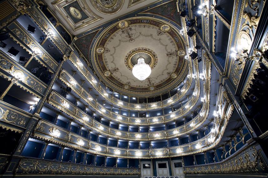 Estates Theater, Interior