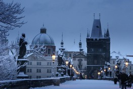 How to find charming winter places in Prague?