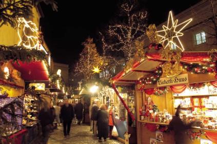 Tips on visiting Prague Christmas markets